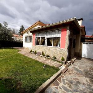 Accommodation in Pelayos de la Presa