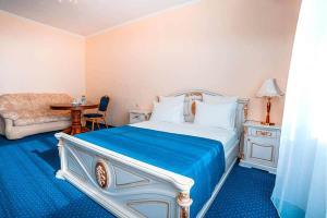 Uyut Tamani, Hotels  Volna - big - 12
