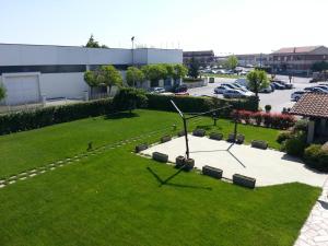Borgonuovo, Hotels  Marene - big - 10