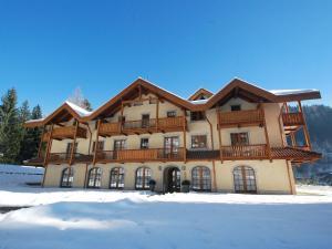 Locazione turistica Holidays Dolomiti.3 - Hotel - Pinzolo
