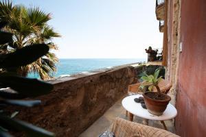 Charming seafront room in Ortigia by Wonderful Ita - AbcAlberghi.com