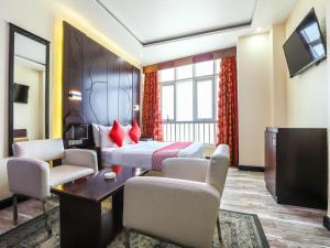 SH h Hotel