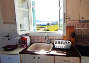Two-Bedroom Apartment with Sea View 3