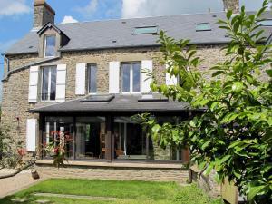 Ferienhaus Les Moutiers en Cinglais 400S