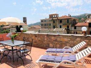 Locazione Turistica Casa del Cavaliere - DOL105 - AbcAlberghi.com