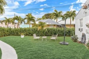 Tremendous 2-BD Sunset Cove in Hollywood FL