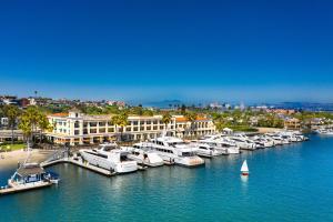 Balboa Bay Resort (1 of 36)