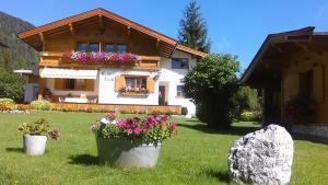 Haus Friedl - Hotel - Sankt Ulrich am Pillersee