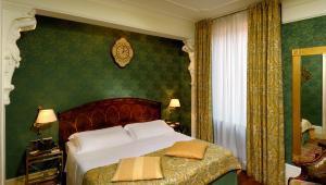 Hotel Orologio (30 of 90)
