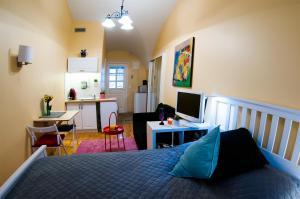 Saint Ignatius apartment