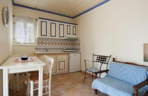 Chiliadromia Studios, Apartments  Alonnisos Old Town - big - 13