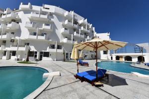 Tiba View Apartment, Pool view, next to El Gouna