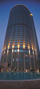 Shangri-La Far Eastern Plaza, ..