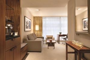 Shangri-La Hotel, Vancouver (8 of 130)