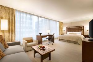 Shangri-La Hotel, Vancouver (10 of 130)
