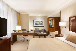 Shangri-La Hotel, Vancouver (17 of 130)