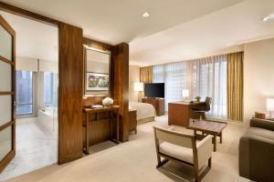 Shangri-La Hotel, Vancouver (18 of 130)
