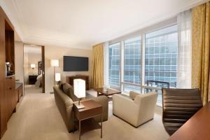 Shangri-La Hotel, Vancouver (21 of 130)