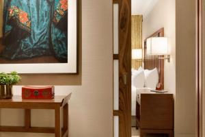 Shangri-La Hotel, Vancouver (30 of 130)