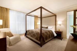 Shangri-La Hotel, Vancouver (32 of 130)