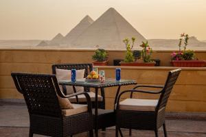 Gardenia Pyramids view inn