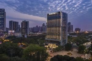 DoubleTree By Hilton Shenzhen Nanshan Hotel & Residences
