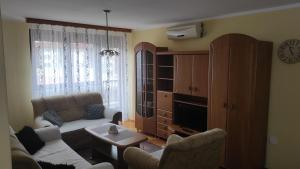 NIMIDU Apartment with free parking