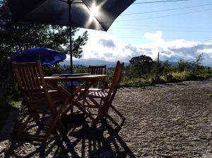 Hilltop Casa de Férias - O seu terraço entre a Serra da Estrela e do Caramulo