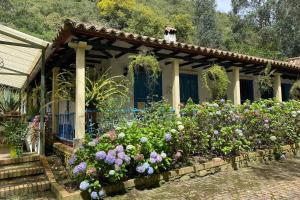 Jostcolombia - CasaQuinta Gachancipa