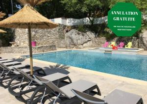 Location gîte, chambres d'hotes Camping Chalets Les Chênes Verts dans le département Ardèche 7
