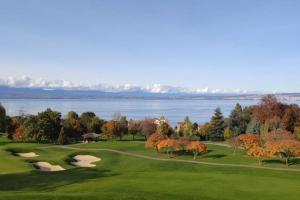 Villa plein cœur du golf d'Evian et vue lac Leman - Hotel - Publier