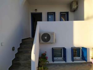 Ateni's House Andros Greece