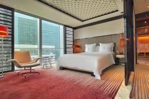 Four Seasons Hotel Shanghai at Pudong (33 of 34)