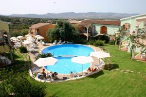 Badesi Apartment Sleeps 6 with Pool and WiFi