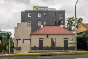 Holiday Inn & Suites - Parramatta Marsden Street, an IHG hotel