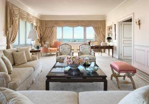 Four Seasons Hotel Ritz Lisbon (12 of 43)