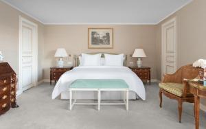 Four Seasons Hotel Ritz Lisbon (15 of 43)