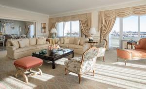 Four Seasons Hotel Ritz Lisbon (13 of 43)
