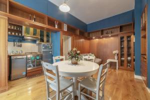 Testaccio Wooden and Quiet Apartment - abcRoma.com