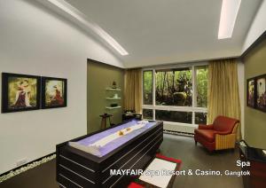 Mayfair Gangtok, Курортные отели  Гангток - big - 96