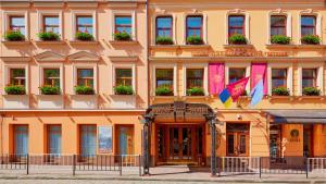 Отель Швейцарский, Львов