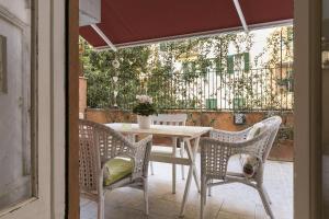 Margherita White Terrace, San Giovanni, Near FAO - abcRoma.com