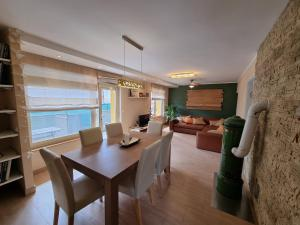 Apartment and Rooms HISA SONCA