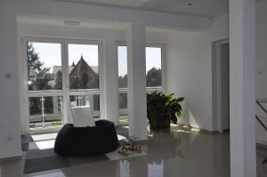 Eugen Apartments