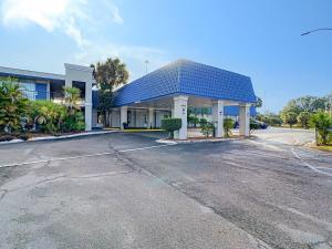 Stayable Suites Lakeland
