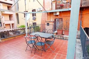 Charming apt. Colosseo - abcRoma.com
