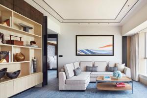 Four Seasons Hotel Hong Kong (4 of 81)