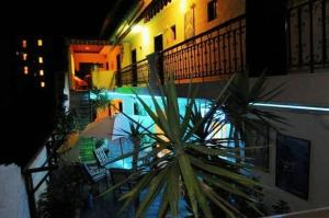 Ostelli e Alberghi - Hotel Petunia