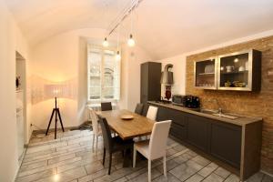 Luxury Suite apartment Angiolieri - AbcAlberghi.com