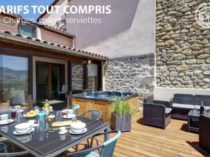 Accommodation in Cellieu
